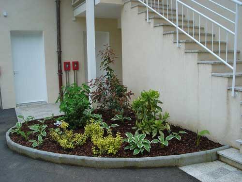 Paysagiste haute savoie thyez cluses 74 jardin naturel for Exemple d amenagement de jardin